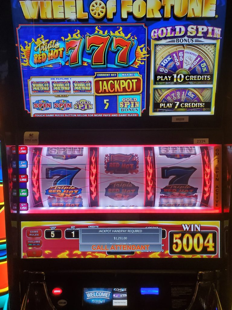 Play Wheel of Fortune Triple Red Hot 7's at Mole Lake Casino Lodge In Crandon Wisconsin